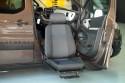 Detalle-de-asiento-automatizado-D-Tran-en-Peugeot-Partner-con-cajeado-trasero.jpg