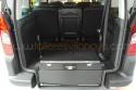 Vehiculo-adaptado-con-rebaje-de-piso-para-transporte-de-persona-en-silla-de-ruedas.jpg