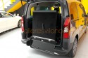 Vehiculo-transformado-con-rebaje-de-piso-y-rampa-recogida.jpg
