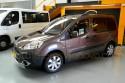 Vista-lateral-de-Peugeot-Partner-adaptado-con-cajeado-trasero.jpg