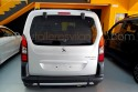 Vista-trasera-Peugeot-Partner-adaptado-con-rebaje-de-piso.jpg